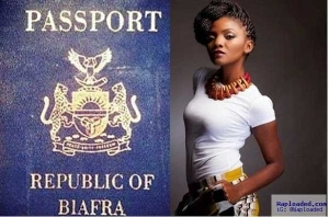 Singer Simi Rejects Offer From Lovestruck Fan Who Promised To Take Her To Biafra